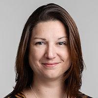 Dr Angela Bearth